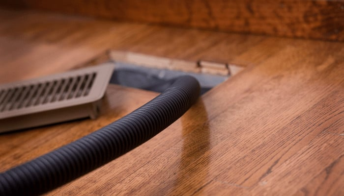 How to Clean Air Vents in an Apartment